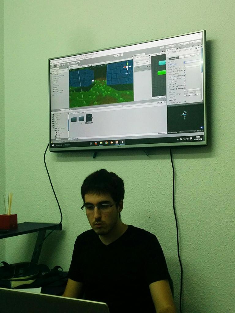 cursos gratis de videojuegos en granada