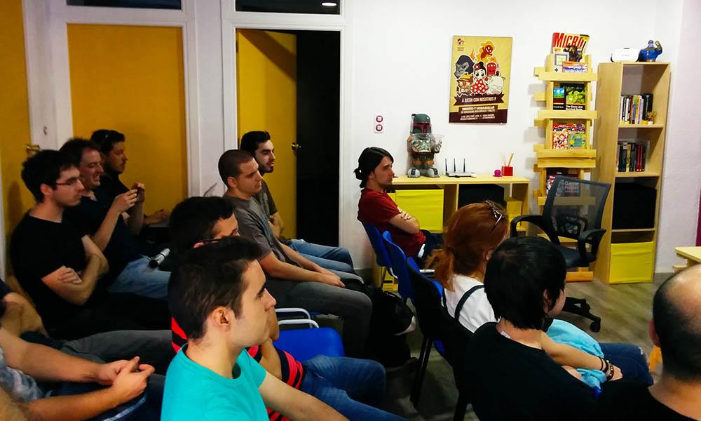 taller de videojuegos gratis en granada